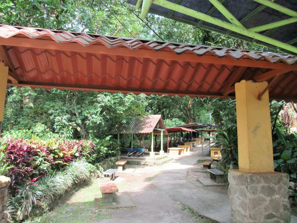 Valle de Antón 68. Entrando al acceso India Dormida