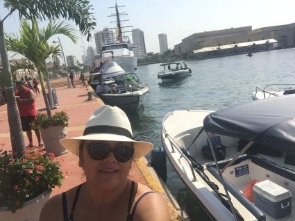 desde este muelle se parte para las Islas del Rosario, Cartagena de Indias Colombia